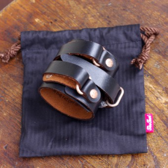 OIL CASE LEATHER WEIGHTLIFTING WRISTBAND