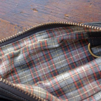 UTILITY ZIP BAG [PLAIN POCKET]